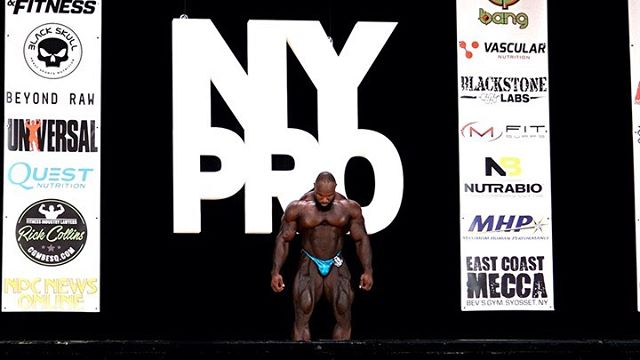 @ifbbproakimwilliams killing it at the NYPro one of the fan favorites that weekend @mhpstrongusa and @tayfitnessxo can always be heard to support Akim.  Book your Shoots *Mexico Super show *Chicago Pro *Vancouver Pro *Tampa Pro **possible add-ons as the year progresses  #lsrfamily #liquidsunrayz #rayzabove  #ifbbproleague #ifbbpro #npc #photography  #represent #fitnessphotographer #art #photooftheday  #bodybuilding #mdozaphotography  #fitness #fitnessaddict #workout #train  #bodypower  #mrolympia  #nashvillephotographer #motivation #instagood #determination #miami #newyork #chicago #nypro #toronto #vancouver