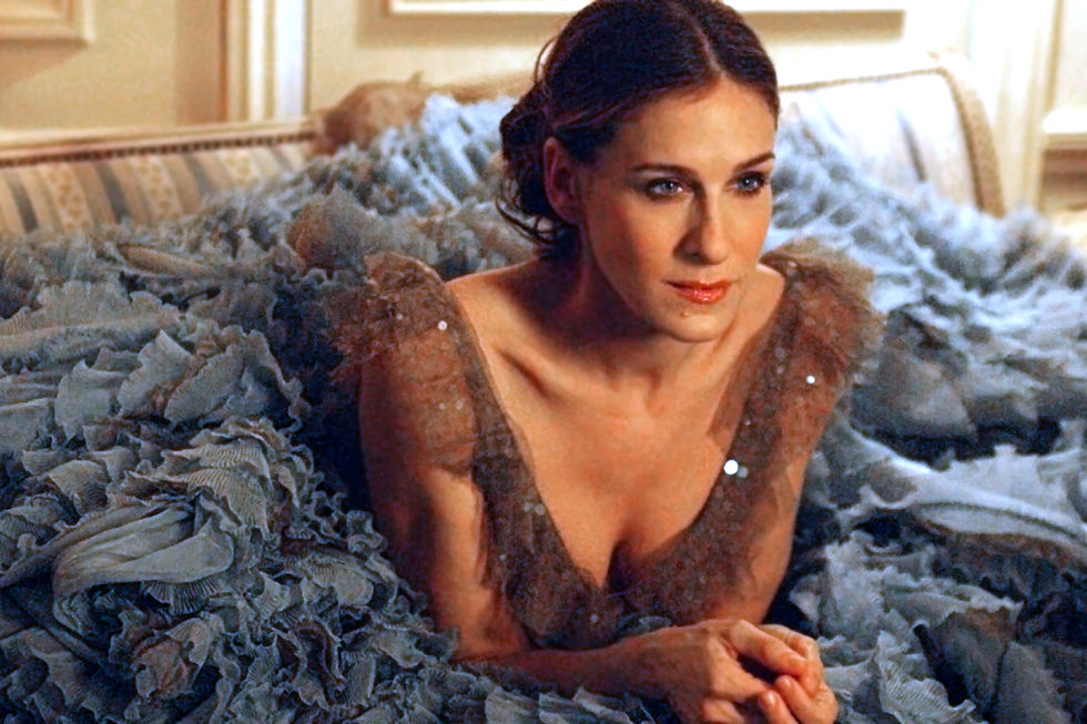 carrie-the-look-14-1920hbo_rs.jpg