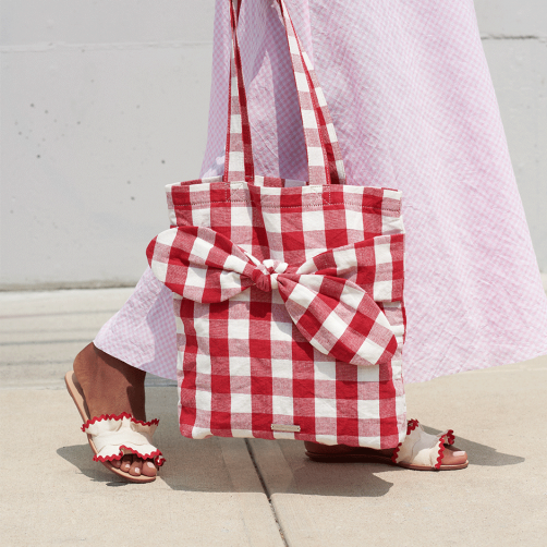 lr_re19__0104_bessie-bow-tote_red_054.png