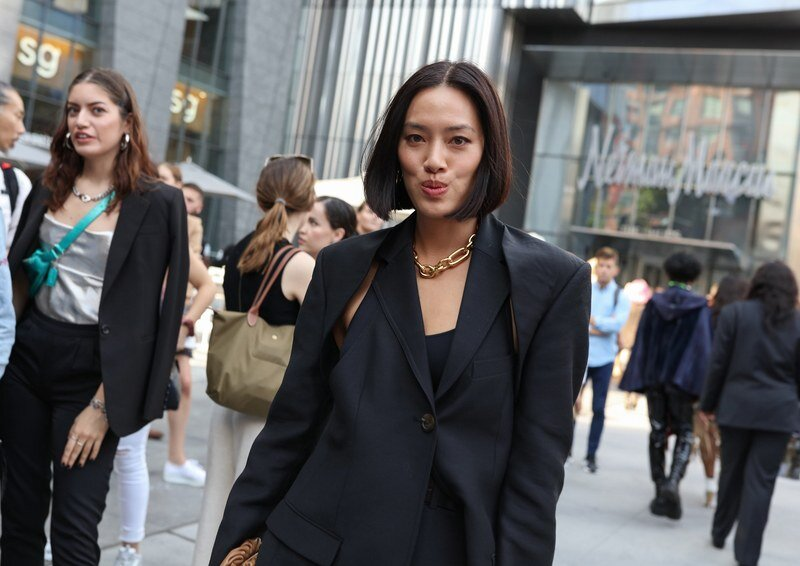 11-nyfw-ss20-streetstyle-day-5-phil-oh.jpg