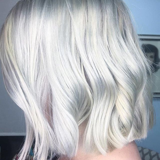 Gorgeous color by Brenda @brendapedrazabrows, love how cool she made this blonde.  #sheaalexandersalon #davinessalon #davines #brendapedrazabrows