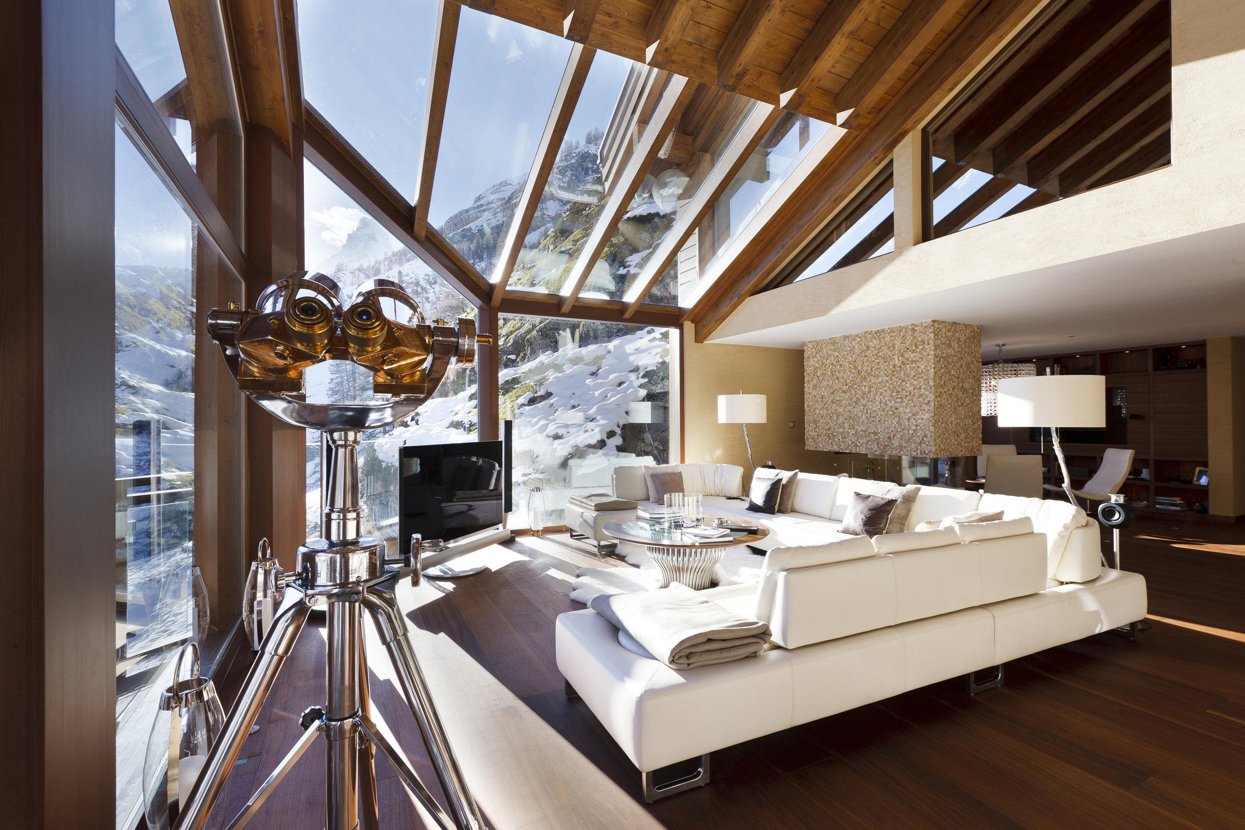 Travive-Zermatt-dining room.jpg