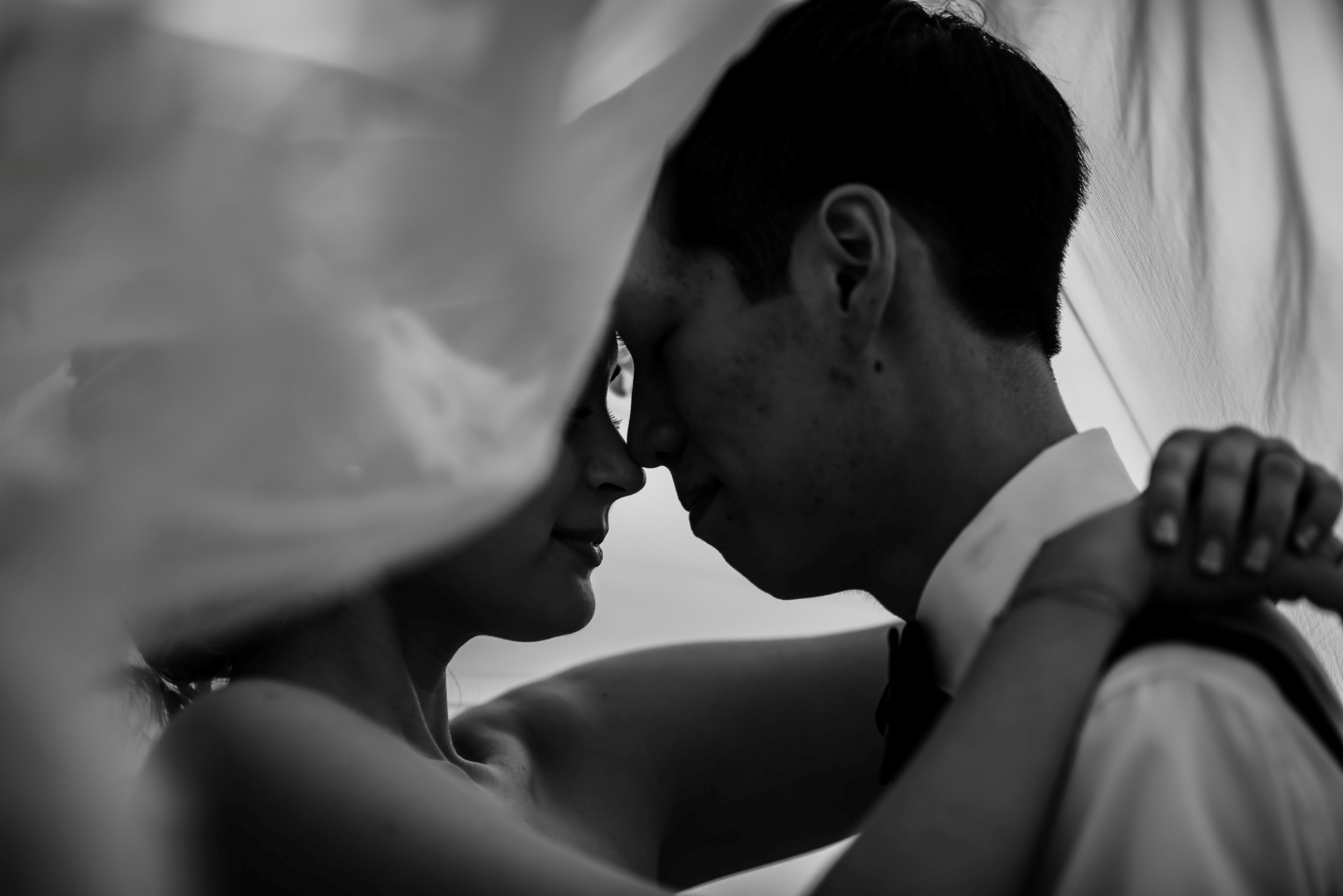 black and white wedding photos of bride and groom