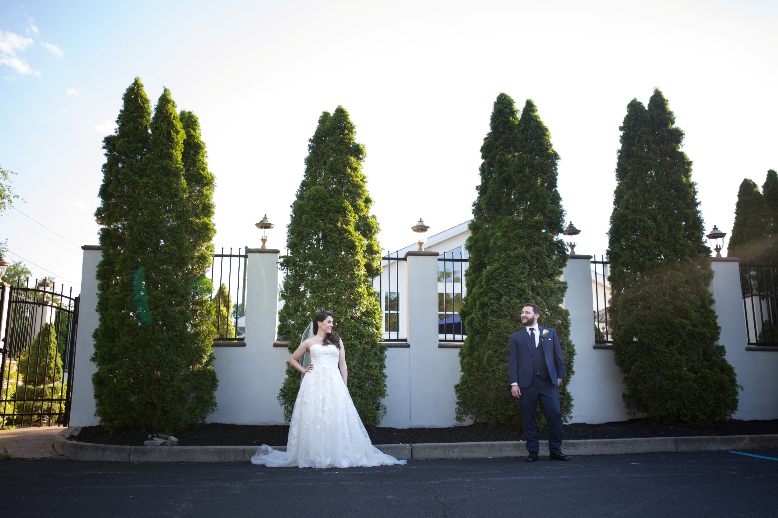 Bride and groom portraits at Mendenhall Inn in Media