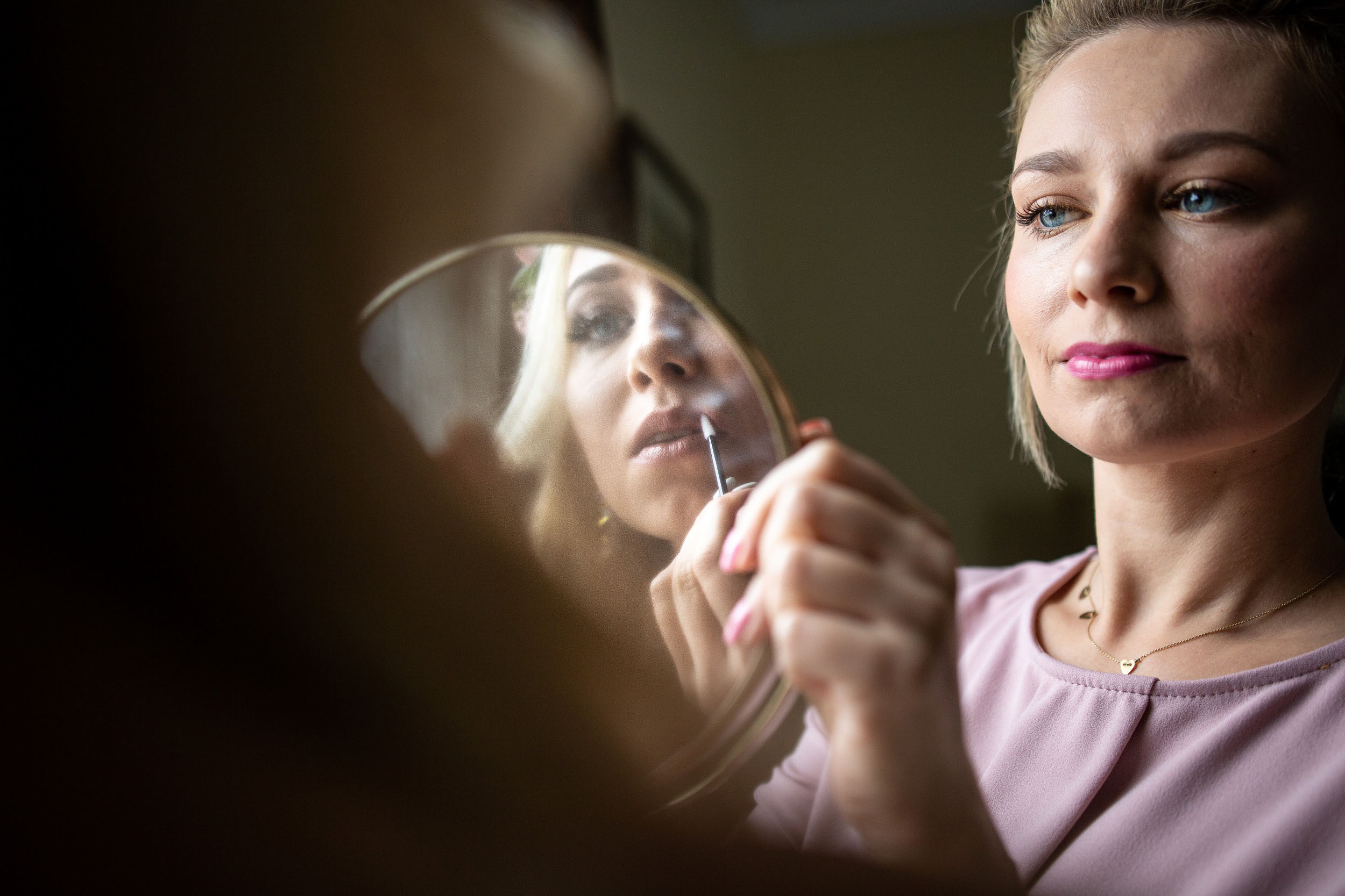 bride getting ready in cape may nj