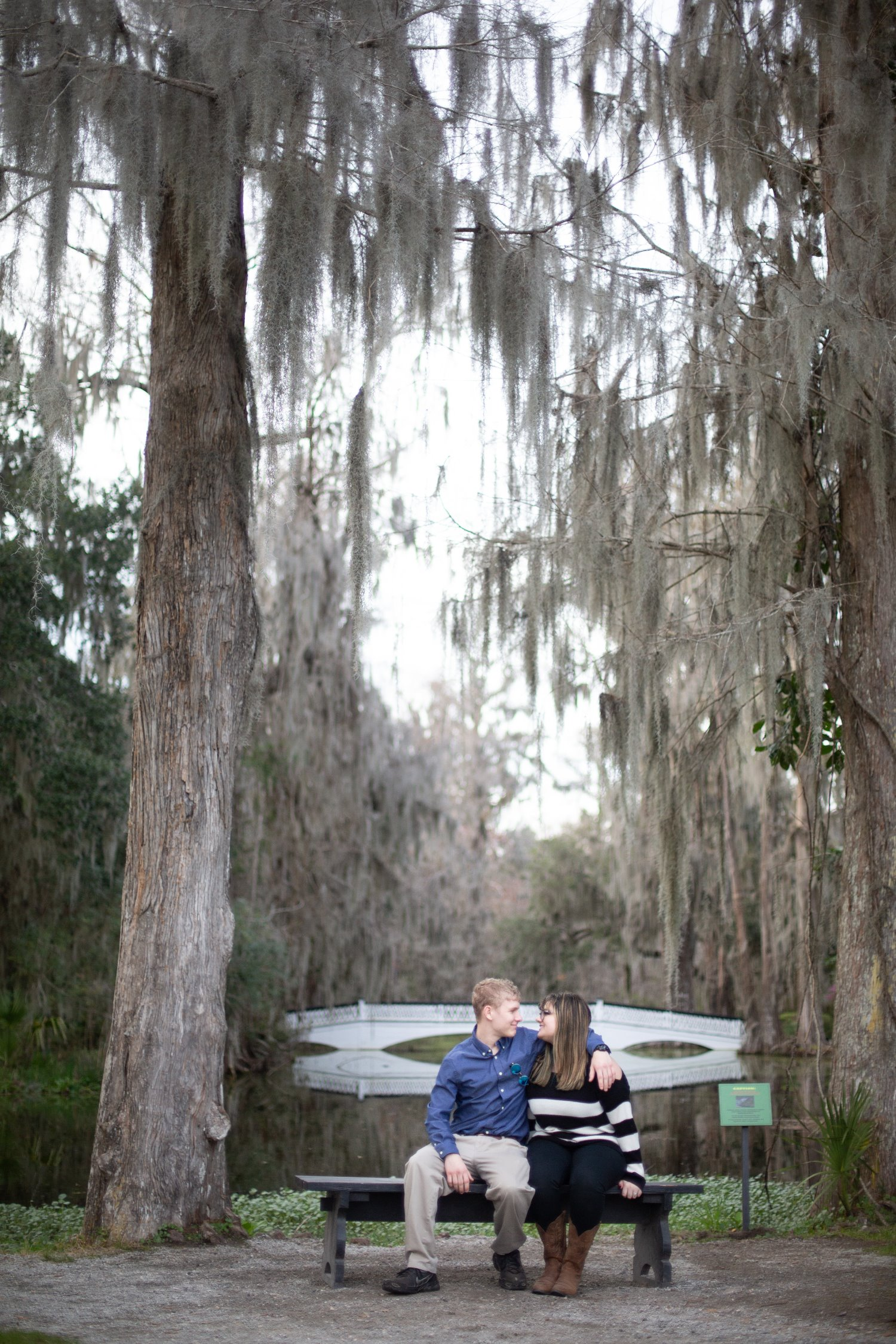 charleston magnolia plantation and gardens engagement photos