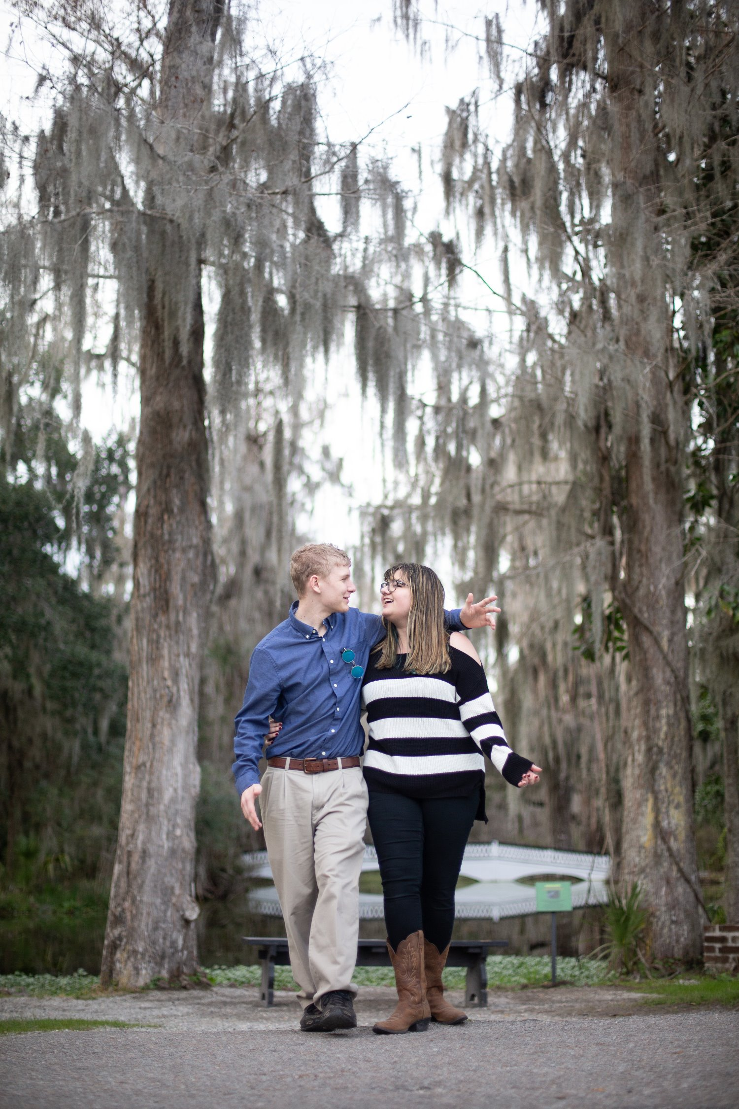 charleston south carolina romantic engagement photos