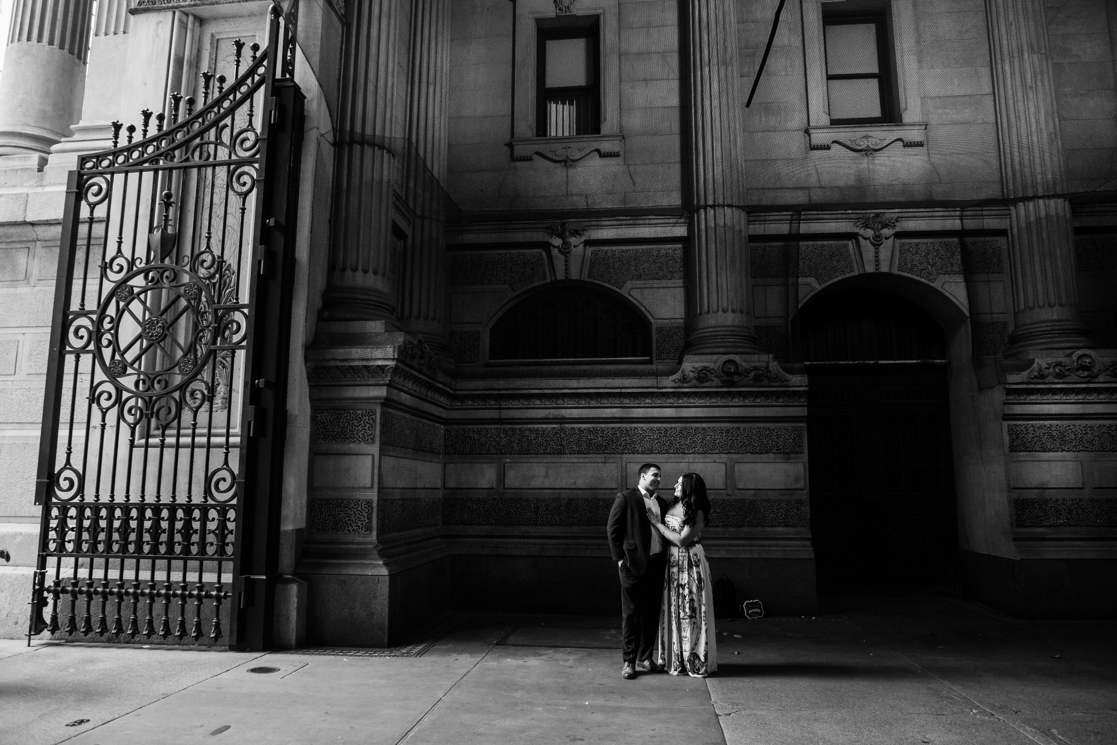 black and white philly city hall engagement photos