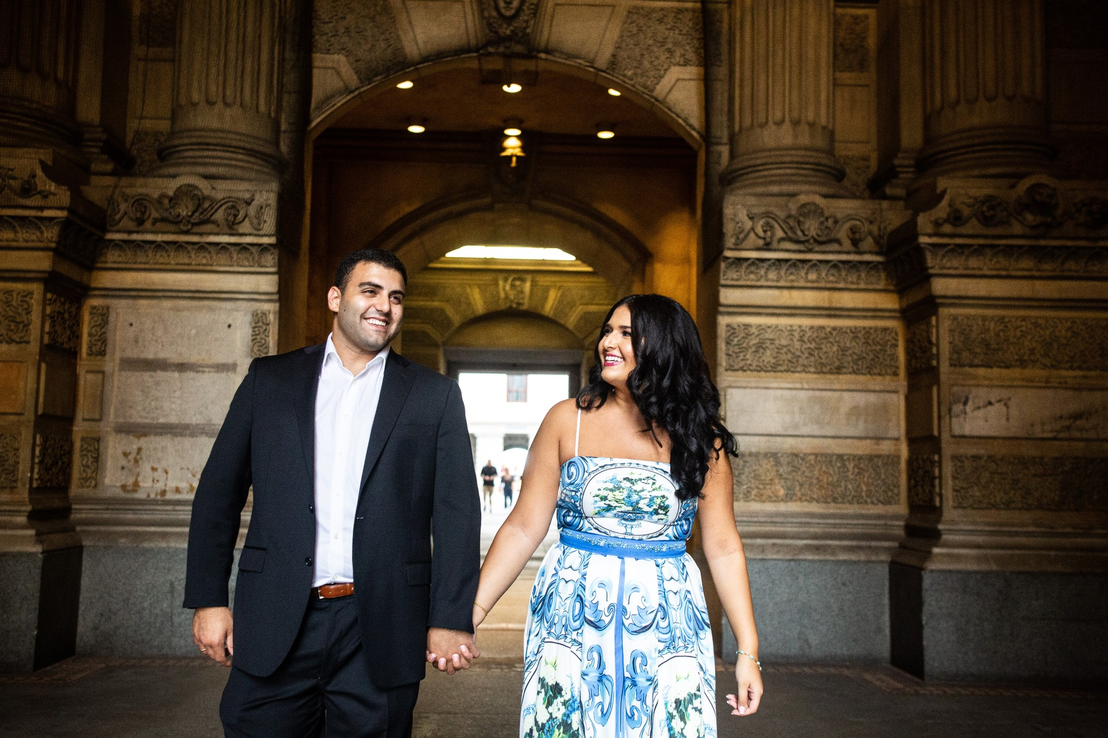 philly city hall engagement photos