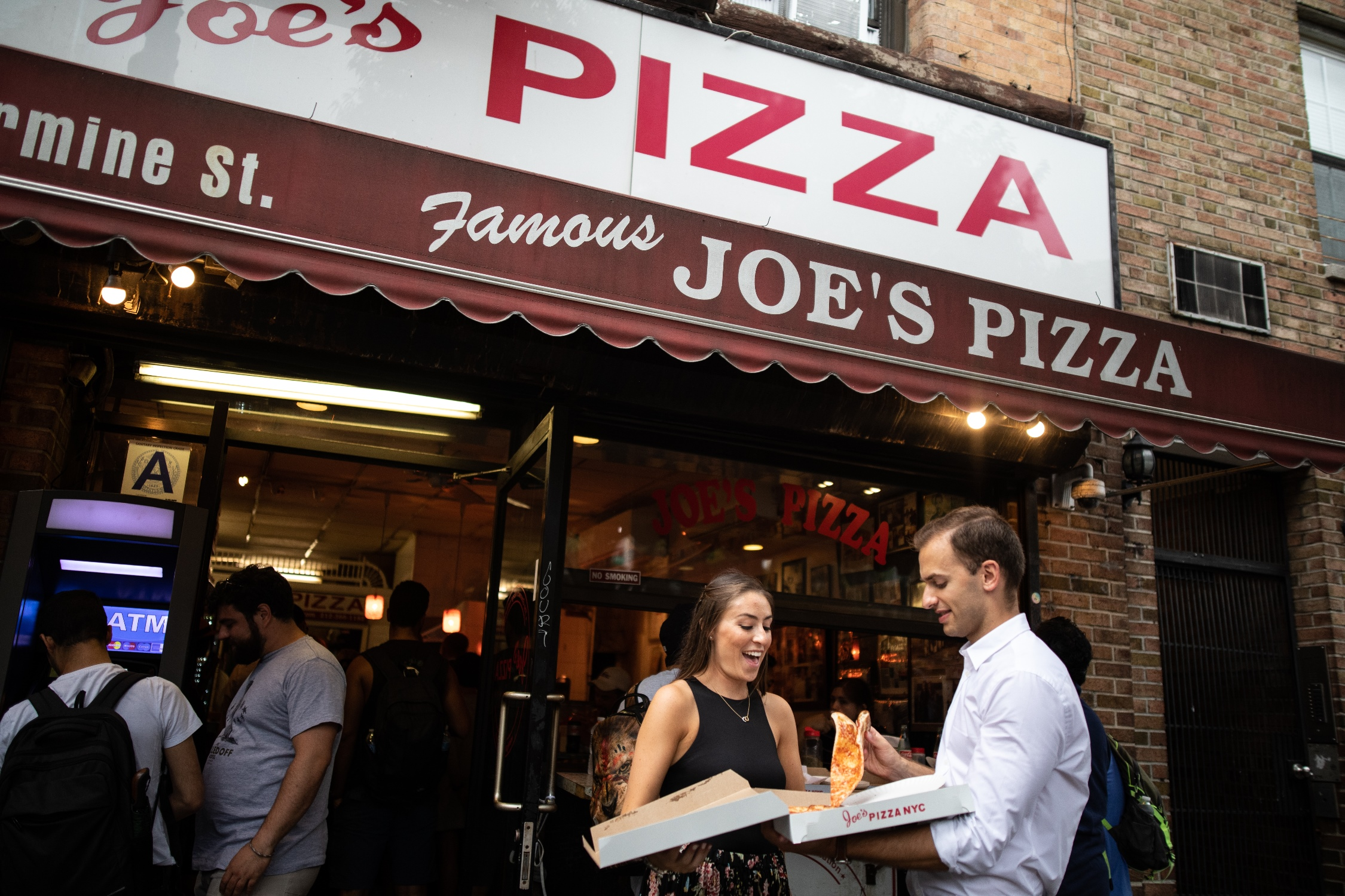 joe's pizza best pizza nyc engagement photos