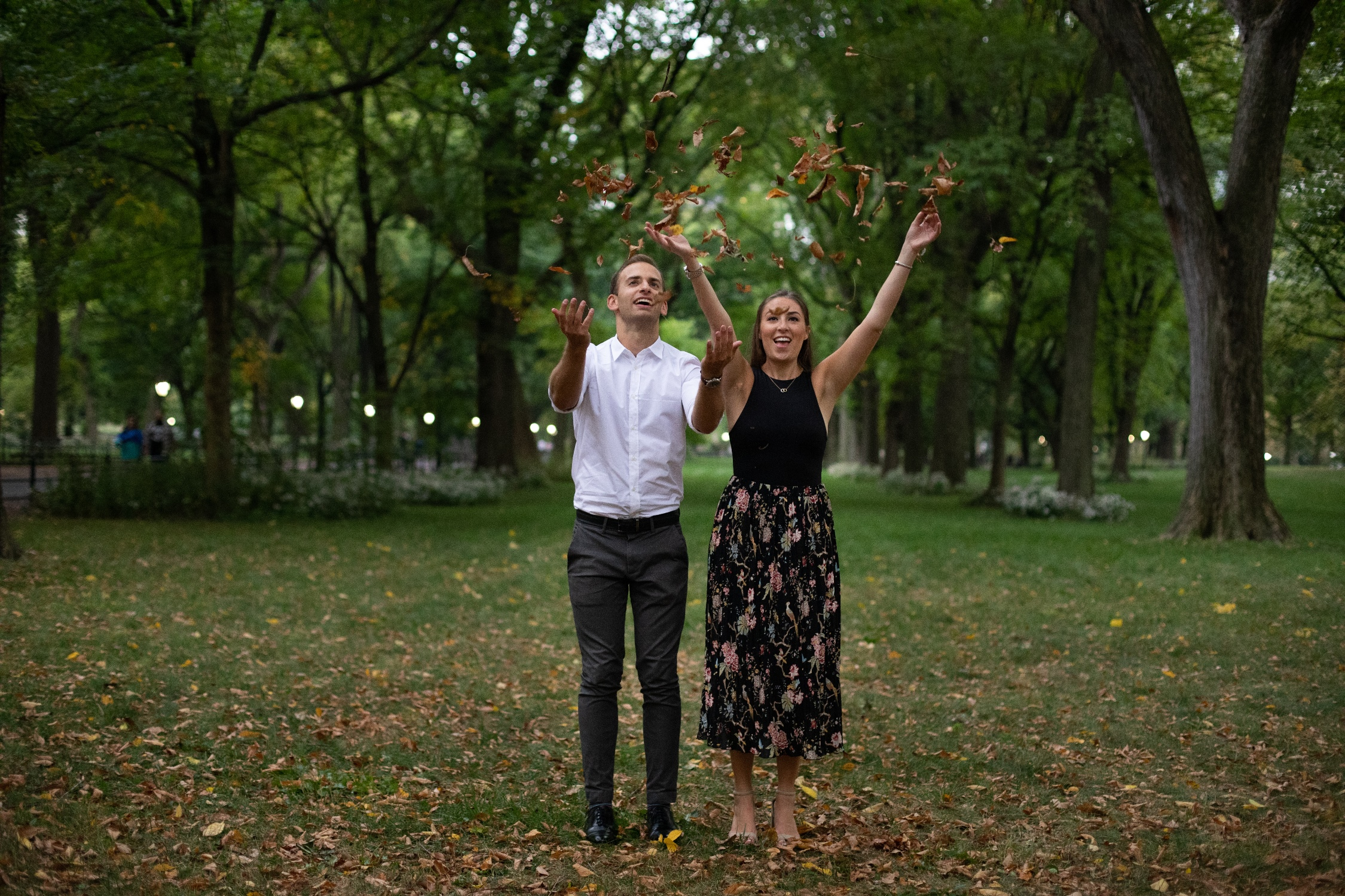 romantic nyc engagement photos
