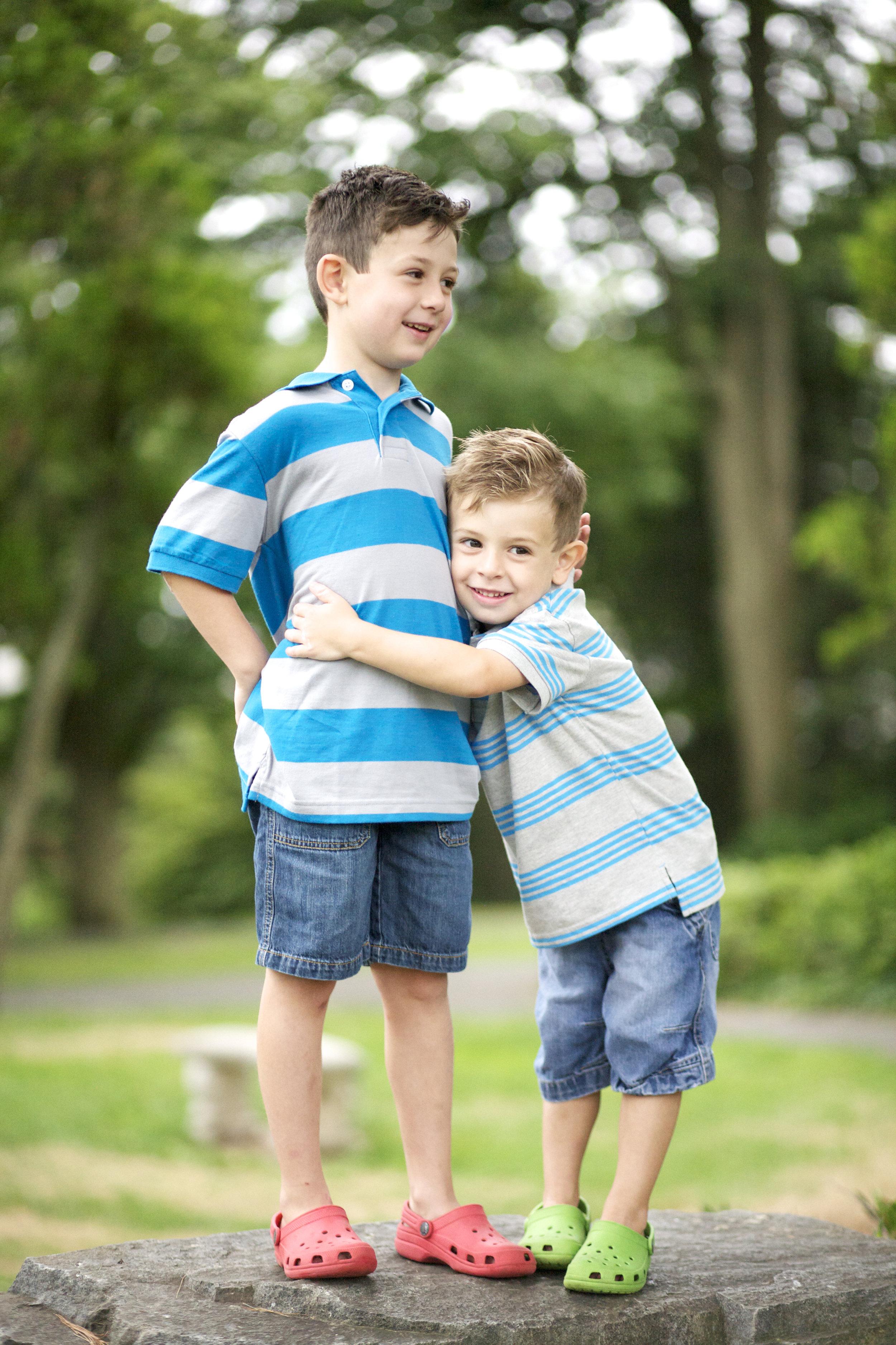 brothers © 2017 Julia Maloof Verderosa_4343.jpg