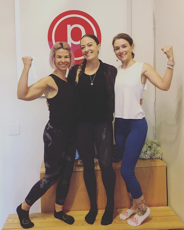 "#fitfriends ❤️ Kaya comes to visit me & whips my schedule into shape with 7:30am barre classes! 😂🙏🏼 This is the only ""barre"" we're going to this weekend (*wink*). . . @kayalucy  #purebarre #lifttoneburn #purebarrebrentwood"