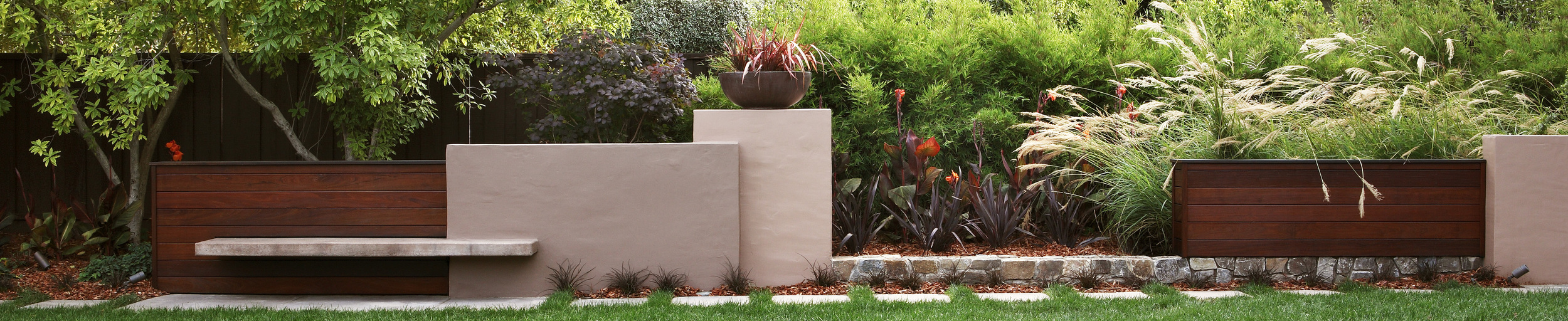 Garden as Sculpture by Arterra Landscape Architects.Photo by Michele Lee Willson