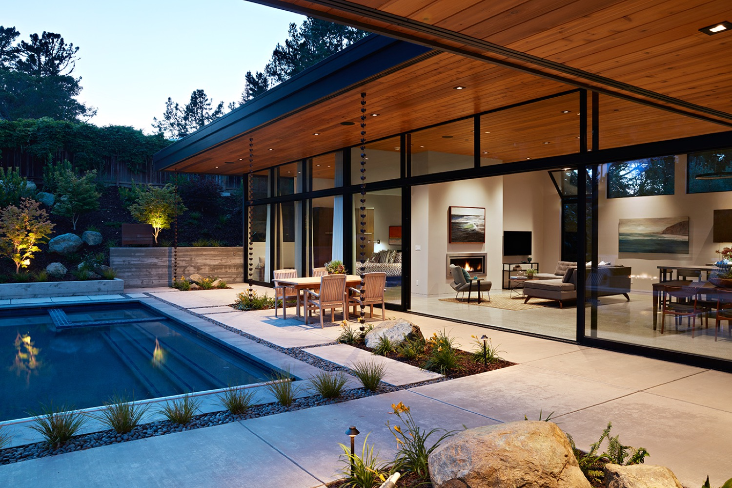 The wall of glass provides a pavilion-like look and feel.