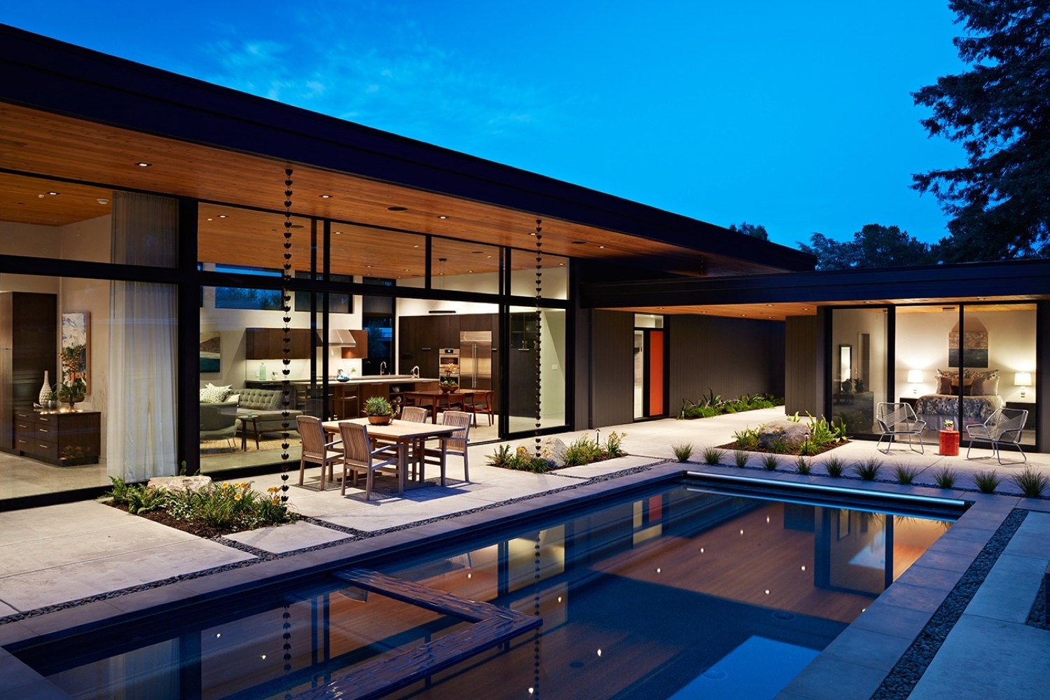 The Design Of This House In California - Was Inspired By The Original Mid-Century Modern Home It Replaced