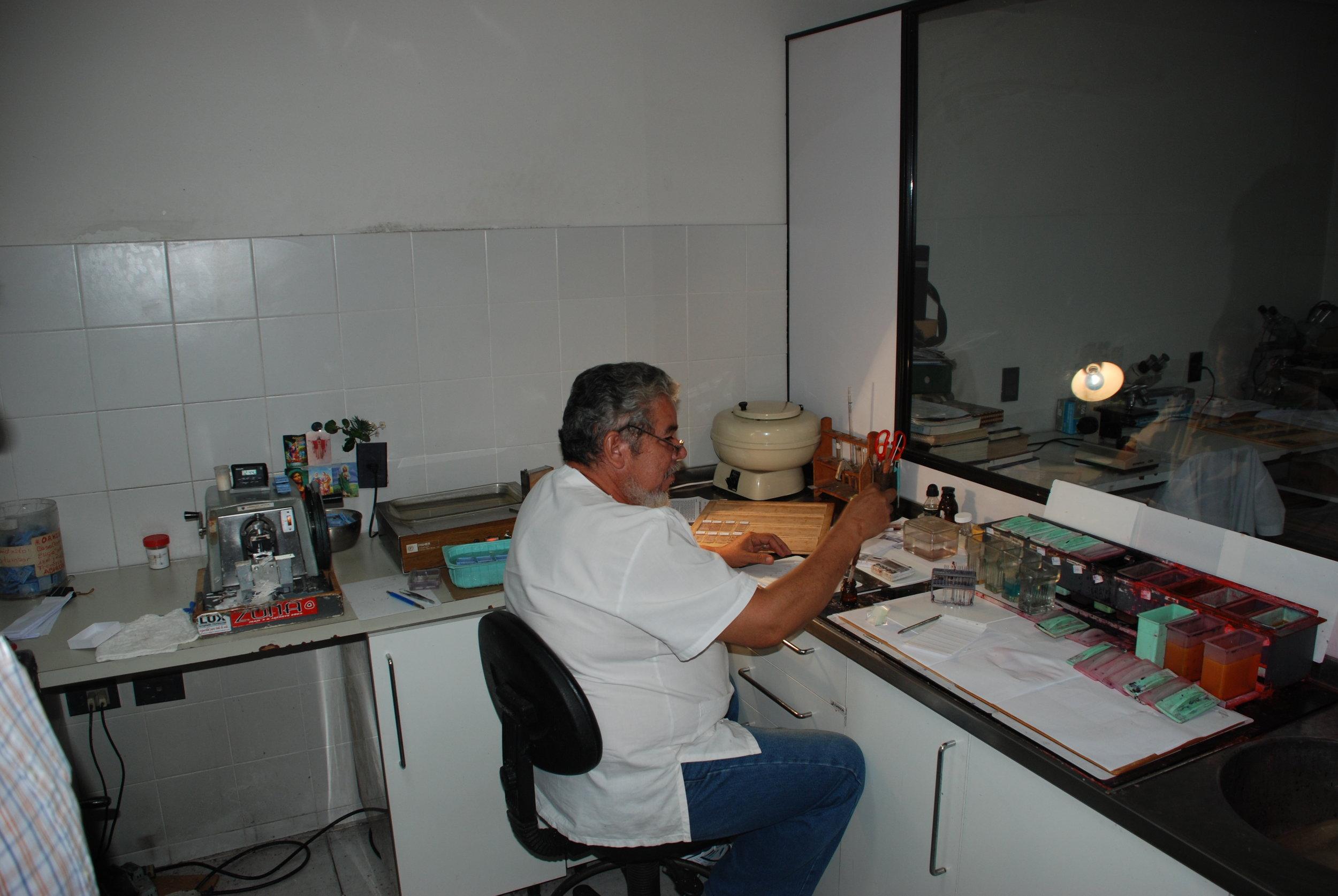 Dr. Antonio Cubilla's Pathology Clinic