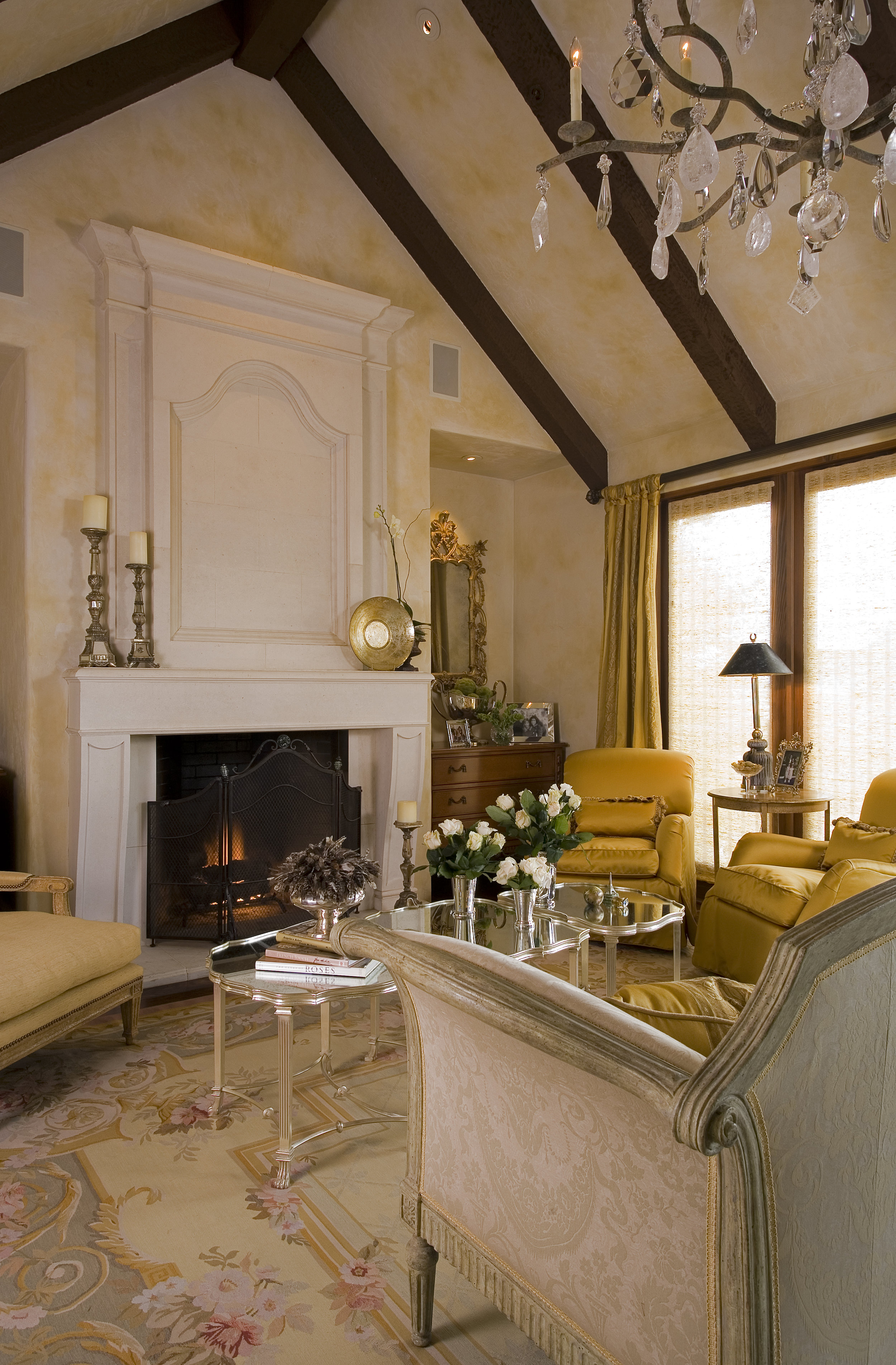 MACHADO - LIVING ROOM 1.jpg