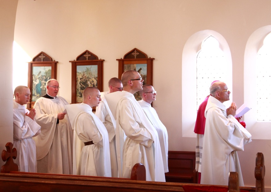 Chanting the Memorare before the Lady Altar.