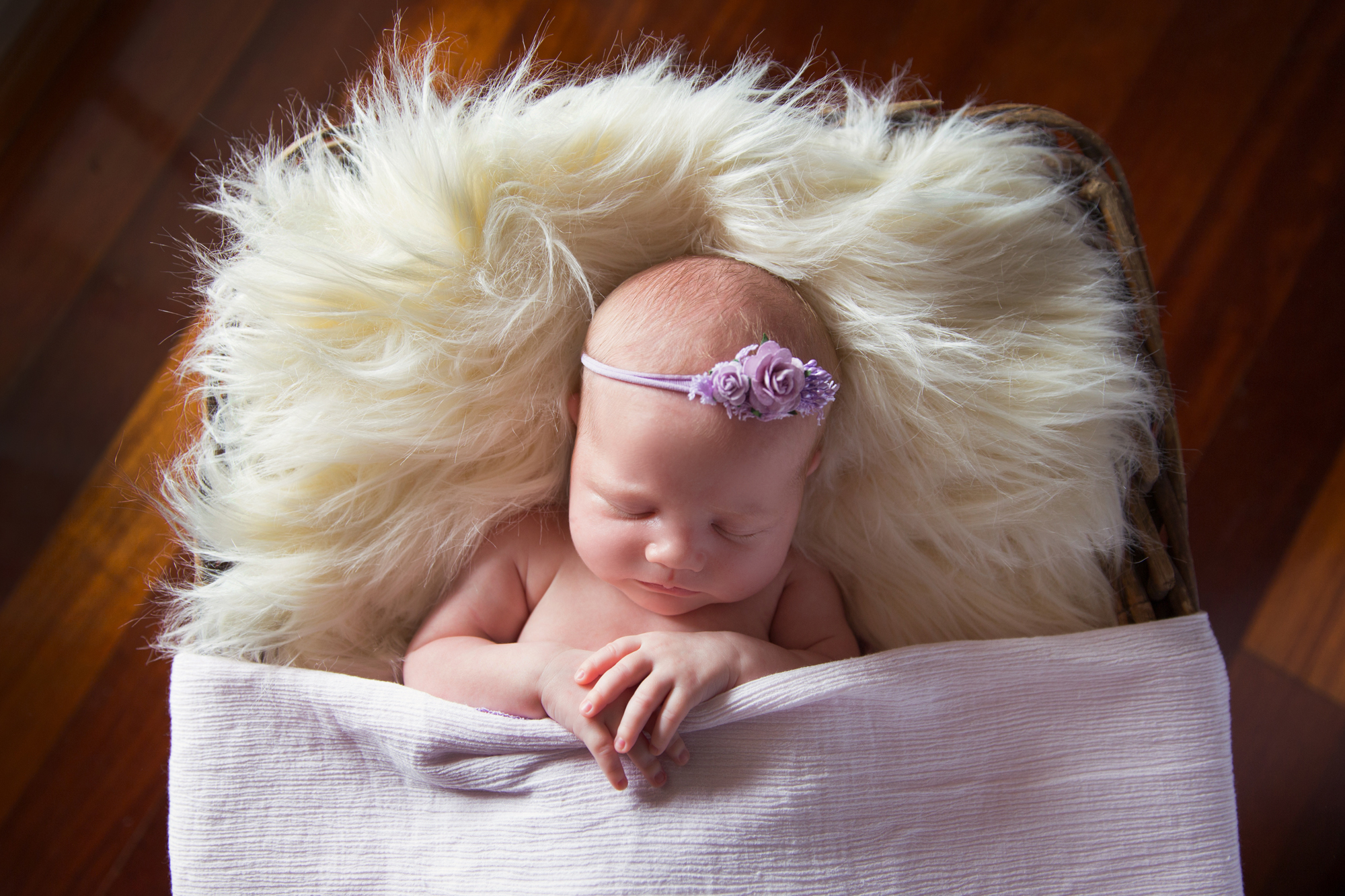 SunlightPhotography_Newborn_Hannah18w.JPG