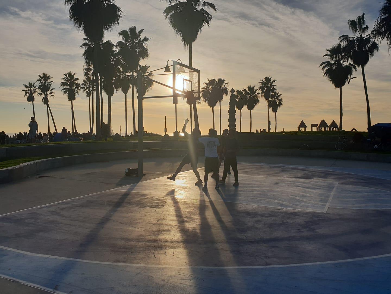 DV PLAYING AT VENICE BEACH.jpg