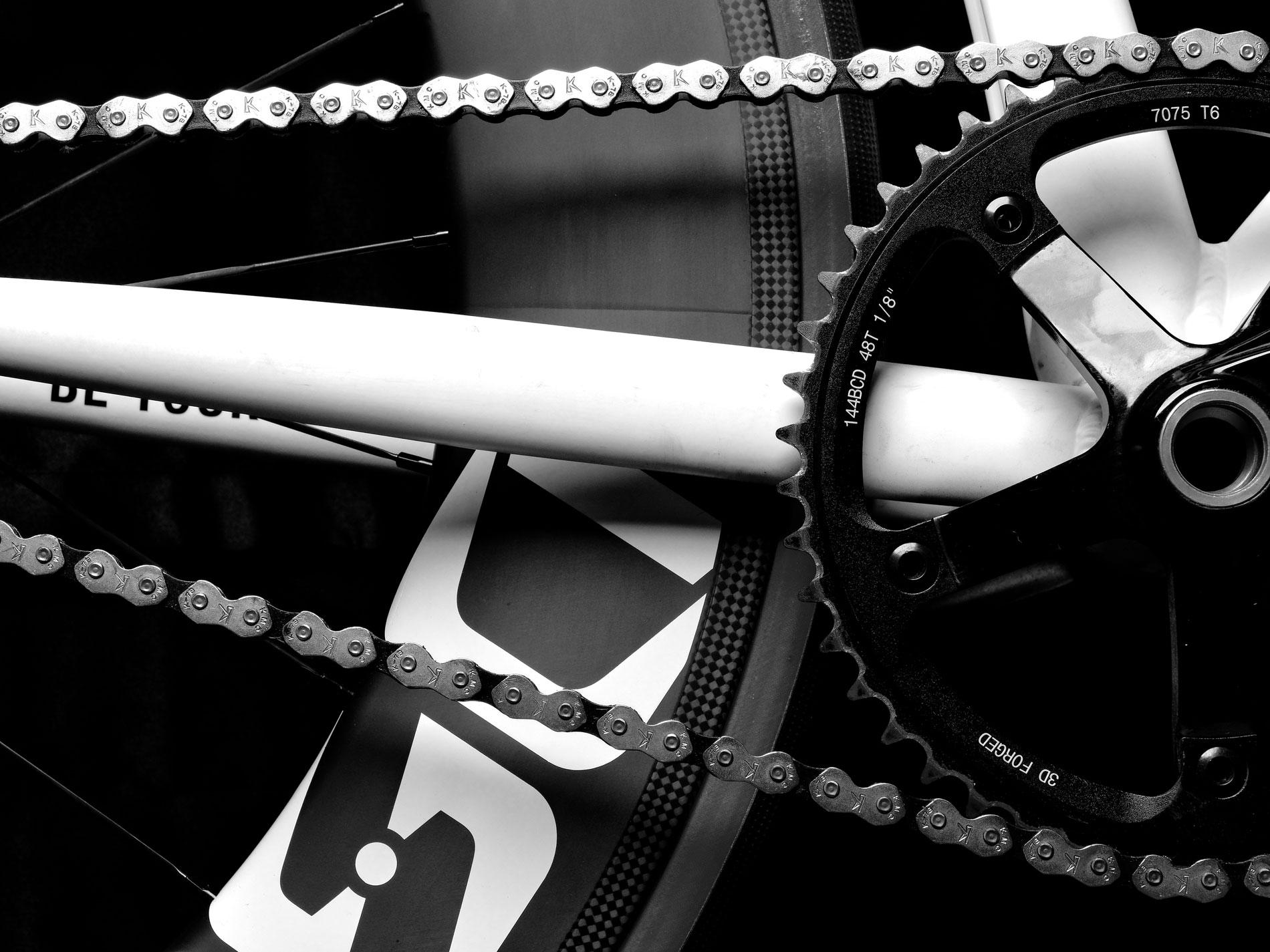 _4130062-Kingdom-DSD-Race-Bike.jpg