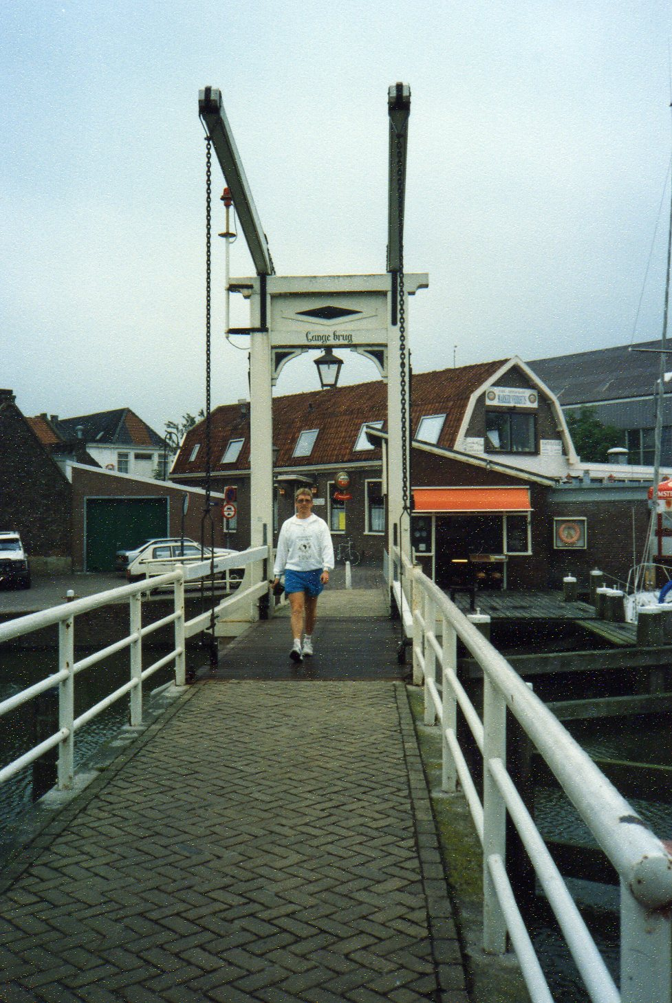 Swing bridge Monickendam -