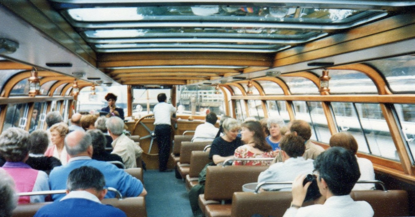 Cruising the canals Amsterdam -