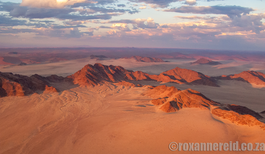 Hot air ballooning over Sossusvlei, Namibia