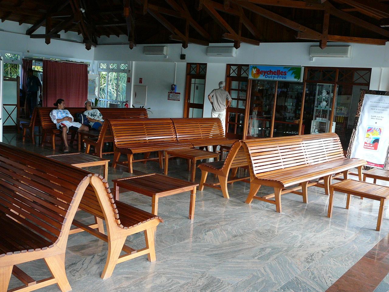 Airport benches Praslin