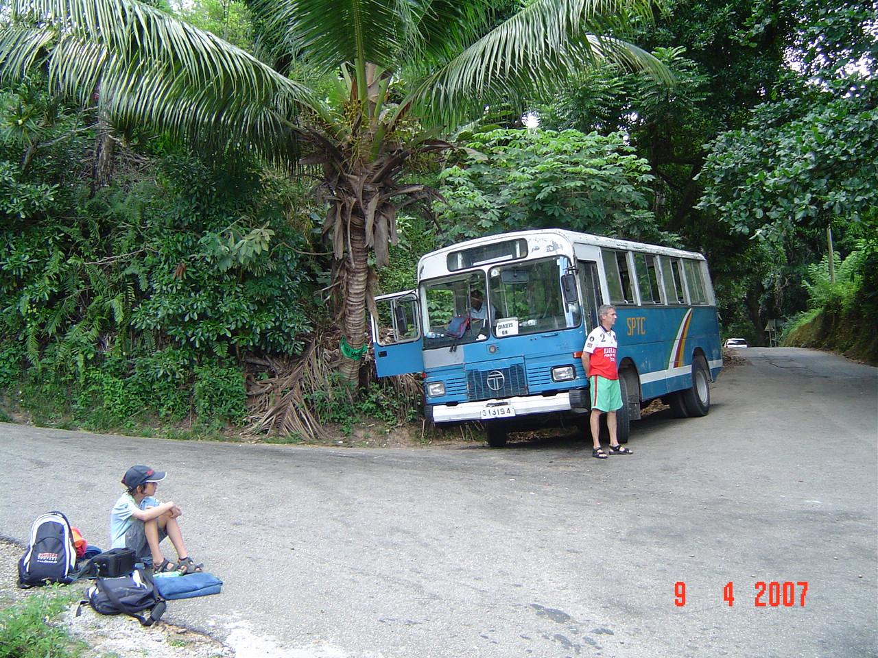 Bus transport Praslin