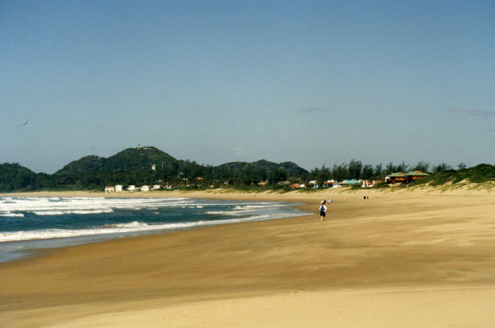 Walking to Ponta do Ouro