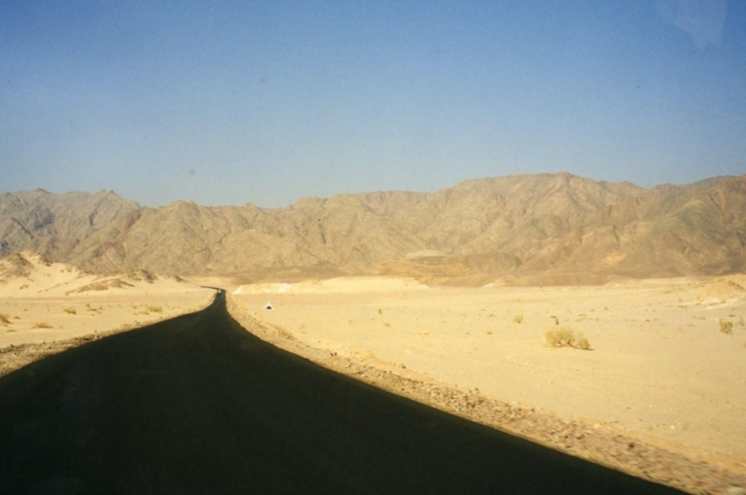 Tar road to Dahab