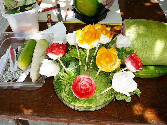 Fruit carving and colouring Club Med Kani.JPG