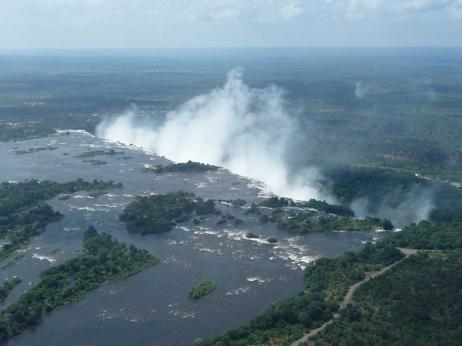 The smoke that thunders - Victoria Falls from the air