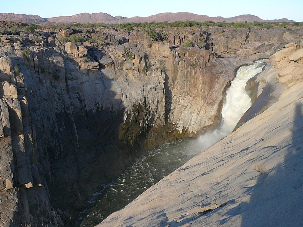 Augrabies Water Fall thunders