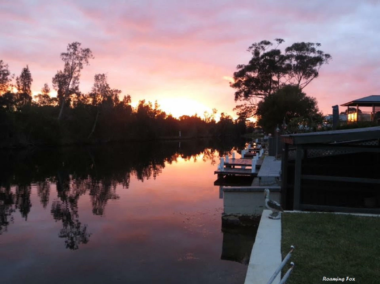 Australia, you can do sunsets too - Sussex Inlet, New South Wales, Australia