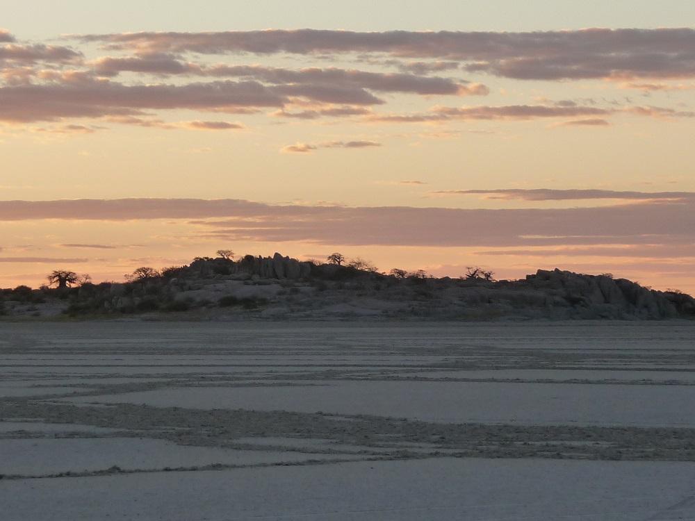 www.roaming-fox.com Kubu island sunset  Botswana.JPG