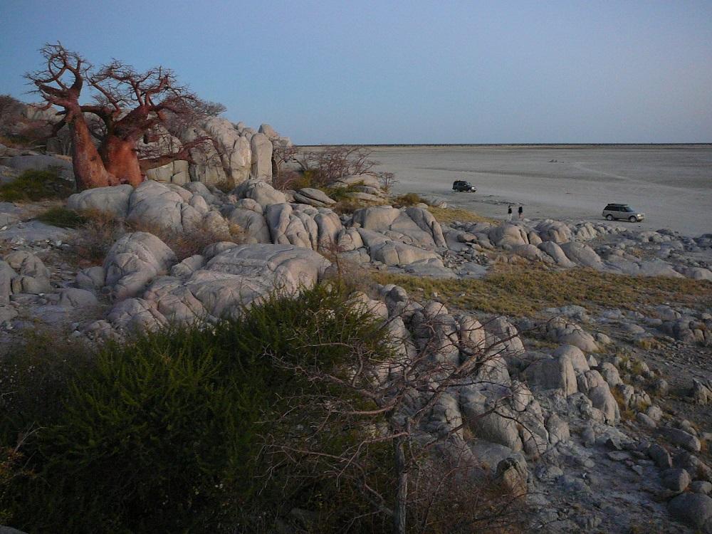 Kubu island at dawn www.roaming-fox.com.JPG