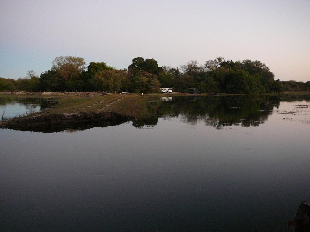 Sand bridge washed away Okavango.JPG