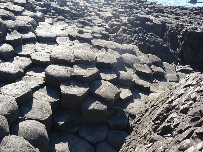 Amazing interlocking basalt columns