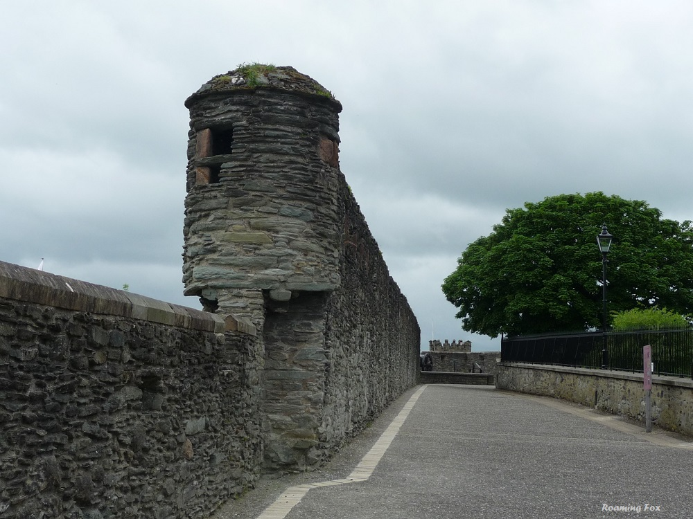Londonderry historic wall around the city.JPG