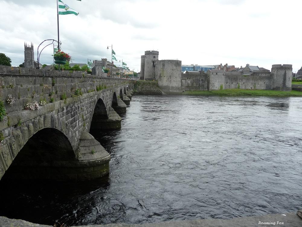 Bridge and castle at Limerick