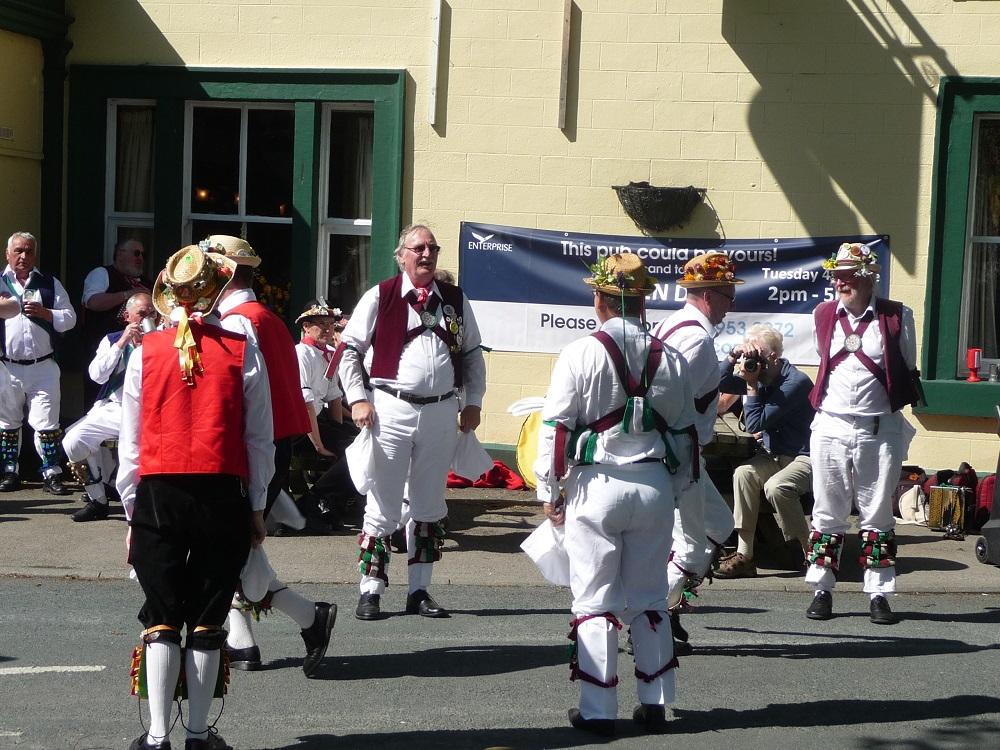 RF Morris dancers 4.JPG