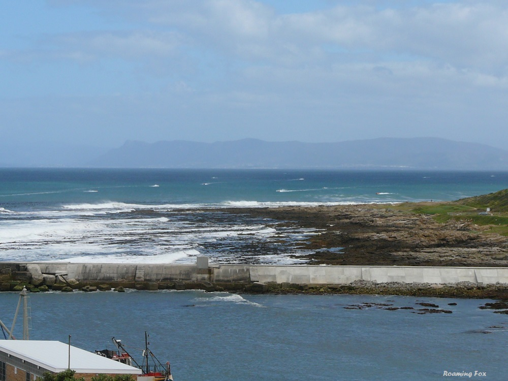 Trans Agulhas inflatable dinghy race over Walker Bay