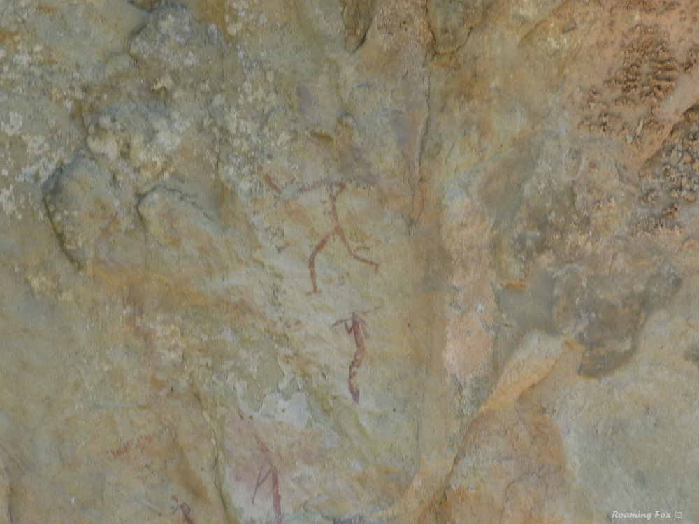 Bushman paintings Northern Drakensberg 5.JPG