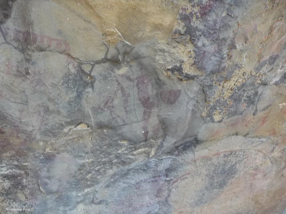 Bushman paintings Northern Drakensberg.JPG