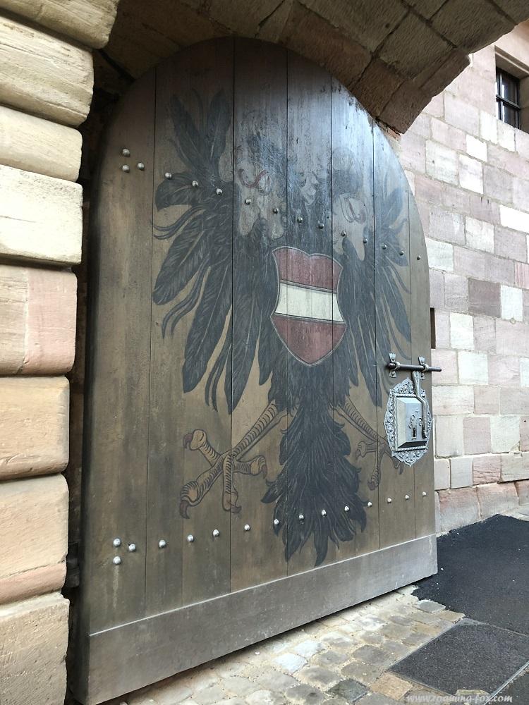 Door inside Schloss Nuremburg.JPG