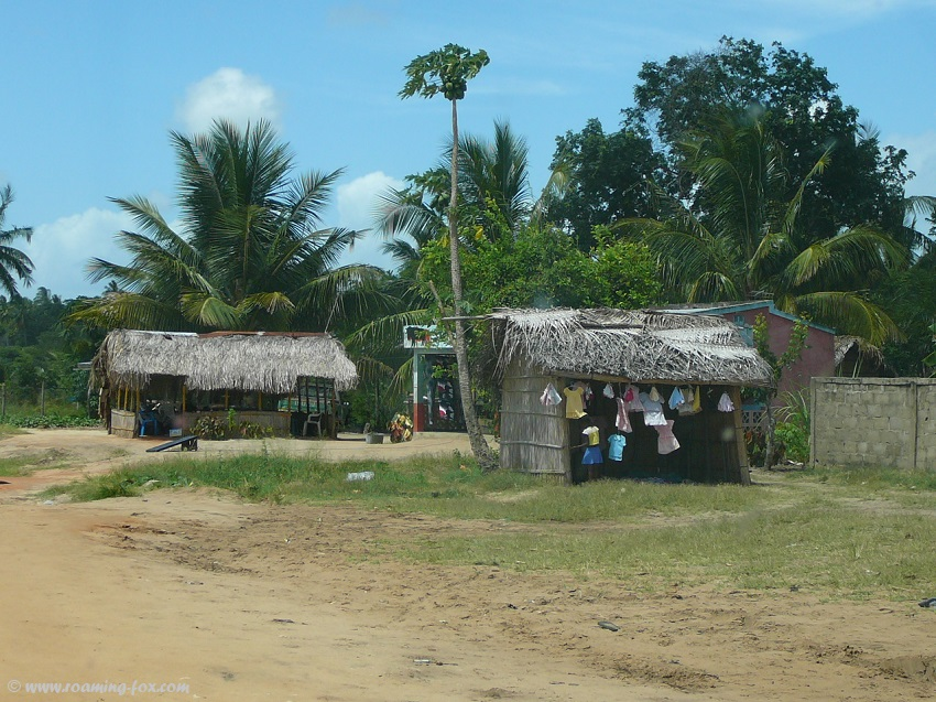 Stalls-selling-goods-Mozambique