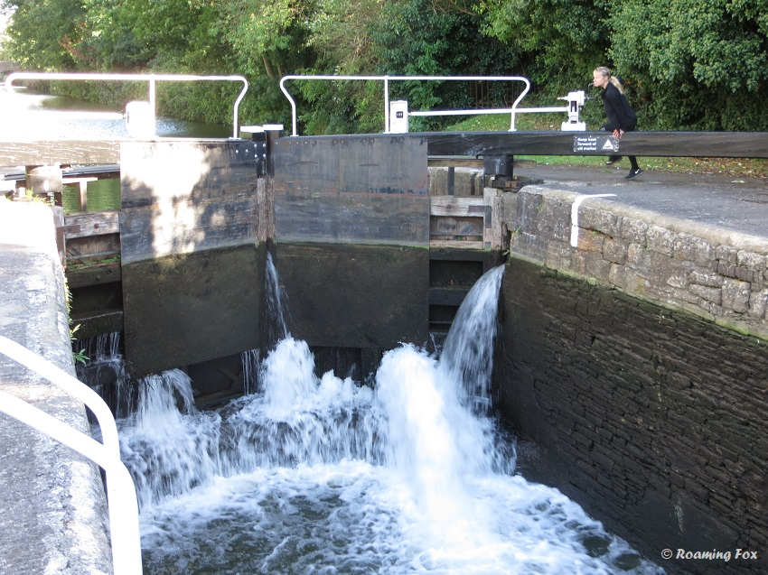 Heavy gates in the lock